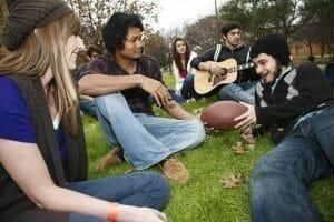 Wat is het advies voor alcoholgebruik aan jongeren onder de 18 jaar?